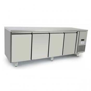 Tavolo refrigerato 4 porte in acciaio inox - Temperatura 0/+8°C - L.223 x P.70 x H.85 cm - Classe energetica A